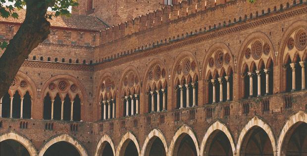 Un giorno da longobardi vivipavia for Tessera musei lombardia