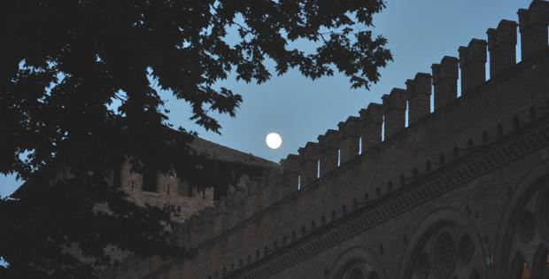 Il Castello Visconteo di sera