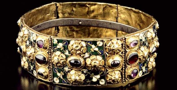 Corona medioevale