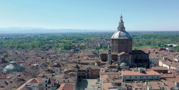 Pavia. Ricominciamo da noi
